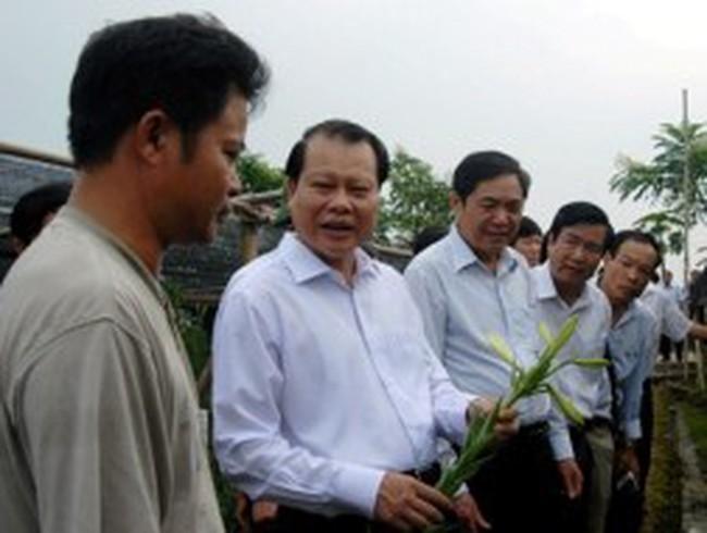 Phó Thủ tướng Vũ Văn Ninh làm việc về tam nông tại Hà Nội