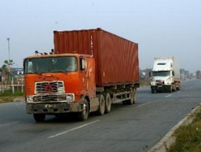 Hải Phòng gỡ khó cho doanh nghiệp vận tải container