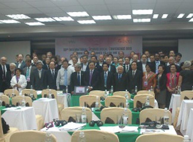 [Slide] DOJI giới thiệu tiềm năng đá quý Việt Nam với chuyên gia Quốc tế đến dự hội nghị IGC