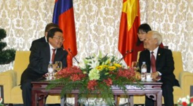 Lãnh đạo TP. Hồ Chí Minh tiếp Tổng thống Mông Cổ