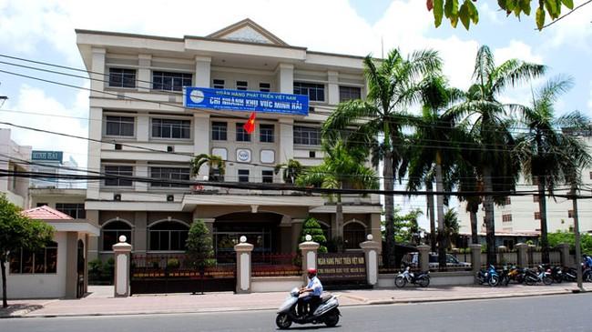 Bắt 6 cán bộ, lãnh đạo ngân hàng phát triển Việt Nam