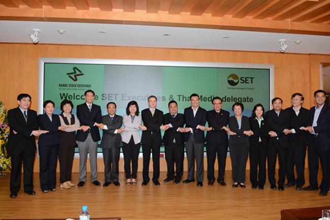 Đoàn lãnh đạo SET và các cơ quan truyền thông Thái Lan thăm và làm việc tại HNX