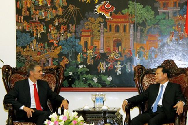 Phó Thủ tướng Vũ Văn Ninh tiếp Đoàn công tác của IMF