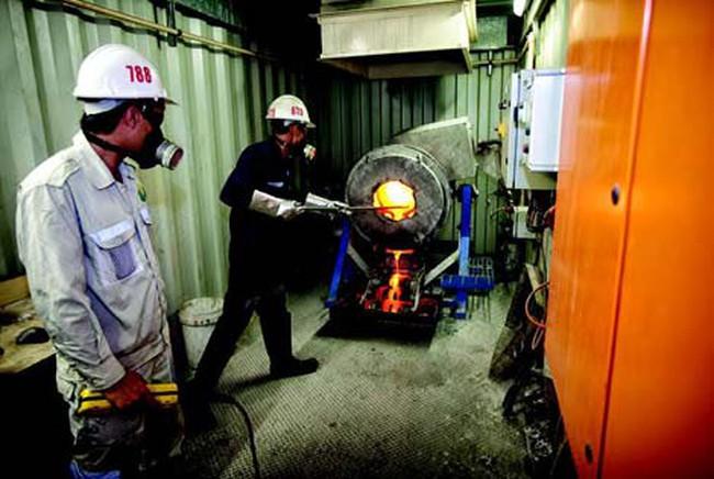 Tập đoàn Besra nợ tiền thuế khai thác mỏ vàng Bồng miêu, Phước Sơn: Việc xử lý số nợ gần 300 tỉ đồng như thế nào?