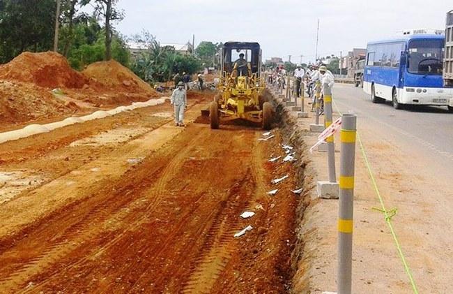 Bộ GTVT xử phạt hàng loạt nhà thầu thuộc dự án Quốc lộ 1 và 14