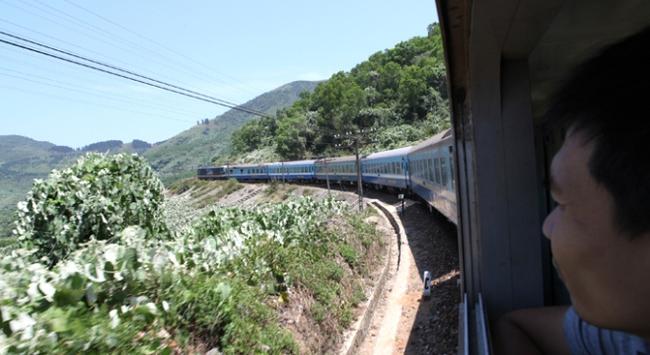 Với 1,8 tỉ USD, đi đường sắt Bắc Nam còn 25 giờ 24 phút