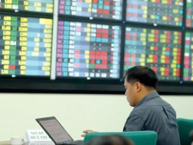 FDC, NHS, TRA: Niêm yết và giao dịch cổ phiếu phát hành thêm