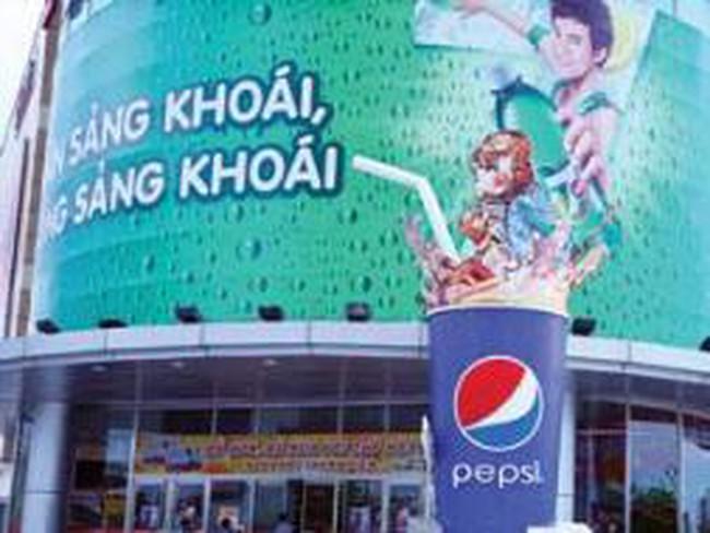 Coca-Cola và PepsiCo: Giật mình lỗ khủng