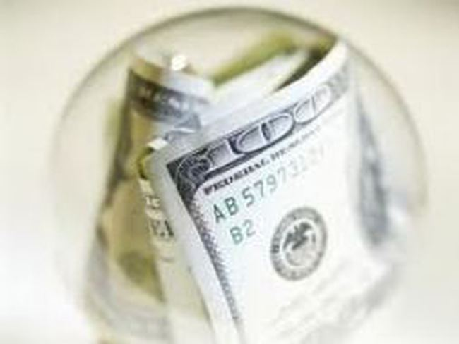 VLF, FDC: LNST quý 3 của công ty mẹ giảm mạnh