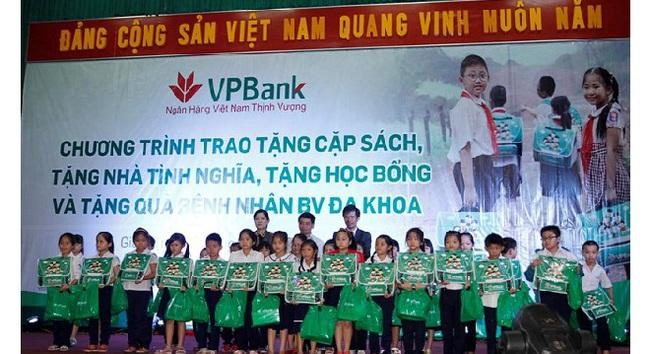 VPBank chắp cánh ước mơ đến trường