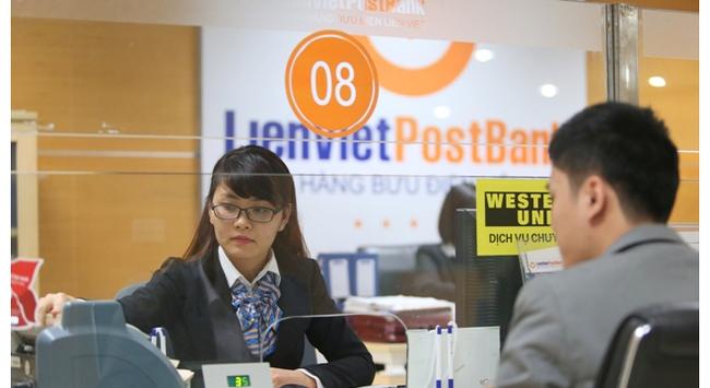 """""""Lộc xuân tràn đầy, Tết vui sum vầy"""" với dịch vụ Western Union của LienVietPostBank"""