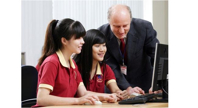 SIU và các tổ chức giáo dục hàng đầu thế giới