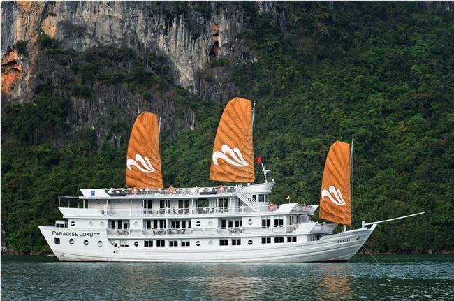 Paradise Cruises Hạ Long nhận giải thưởng vàng thường niên của Agoda.com