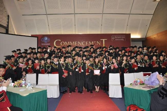 Học MBA cùng ĐH hàng đầu Bắc & Trung Mỹ