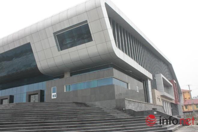 Nhà hát trăm tỷ 'đắp chiếu': Huyện Đan Phượng nói gì?