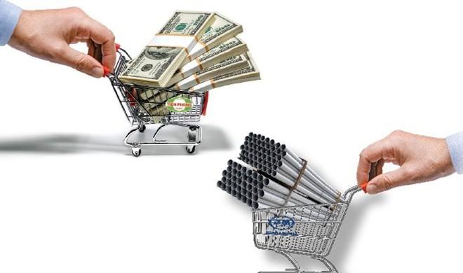 Doanh nghiệp sản xuất nhựa: Tự bán hoặc bị mua