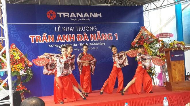 Trần Anh liên tiếp khai trương 2 siêu thị mới