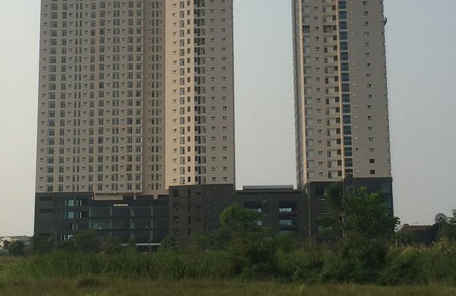 """Chung cư Gemek Tower """"thay áo mới"""" sau 2 năm xây dựng"""
