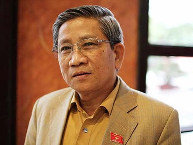 """GS. Nguyễn Minh Thuyết: Xóa bằng được """"nhất hậu duệ… bét trí tuệ"""""""