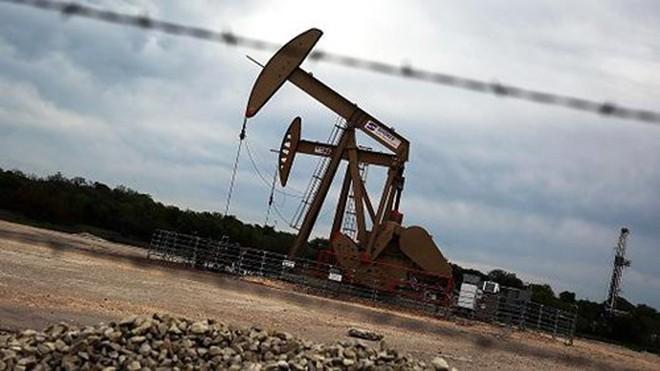 Giá dầu tăng 3% trước khả năng về thỏa thuận đóng băng mới