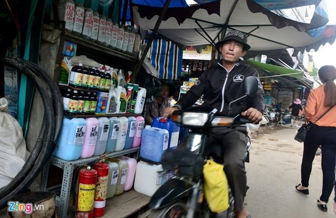 Chấm dứt ngay việc kinh doanh hoá chất tại chợ Kim Biên