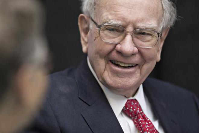 Giải mã lý do Warren Buffett chống lại thị trường, đặt cược vào cổ phiếu Apple