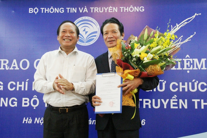 Tân Thứ trưởng Bộ TT&TT Hoàng Vĩnh Bảo nhận nhiệm vụ