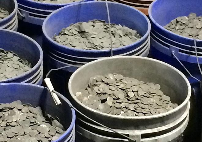 """""""Gặp"""" công ty kiếm chục tỷ USD mỗi tháng từ rác thải ở Mỹ"""