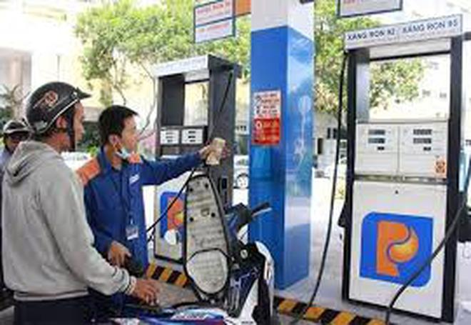 Ngày mai 5/10: Giá xăng tiếp tục tăng mạnh?