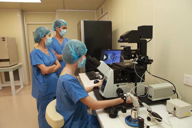 Vingroup tài trợ 300 tỷ đồng phẫu thuật từ thiện