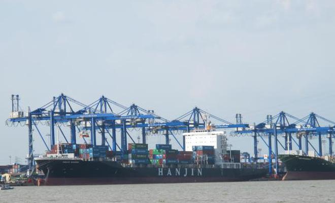 Vận tải biển vẫn lênh đênh