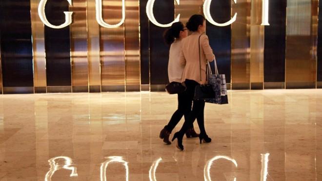 Người Trung Quốc mang làn sóng mua sắm bạo tay tới Mỹ