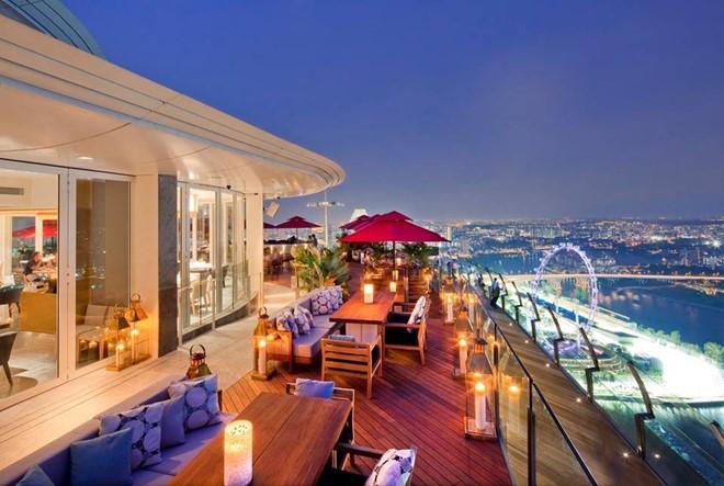 Bữa tối giá 44 tỷ đồng ở Singapore có gì đặc biệt?