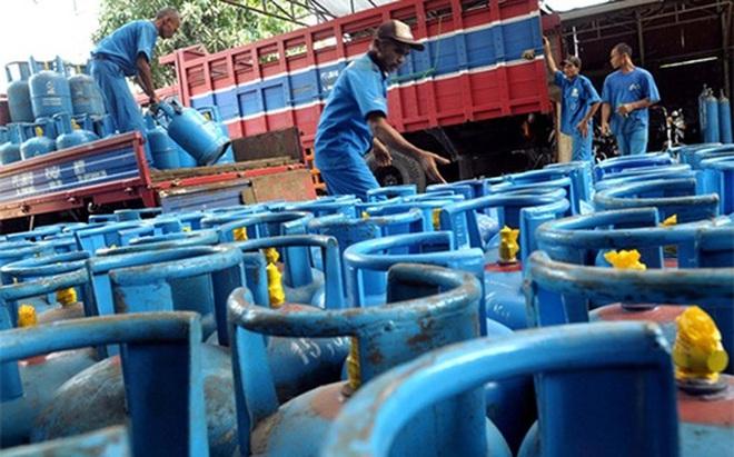 """Doanh nghiệp gas """"đại chiến"""" vì Nghị định 19"""