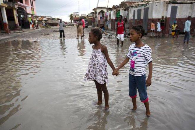 877 người chết ở Haiti và sự thờ ơ của truyền thông Mỹ