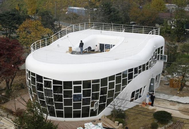 """16 căn nhà này chính là những công trình có thiết kế """"kỳ quặc"""" nhất quả đất"""