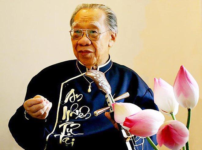 Cố giáo sư Trần Văn Khê và câu chuyện 100% người Việt nên đọc để thấy tinh thần dân tộc chảy trong huyết quản!