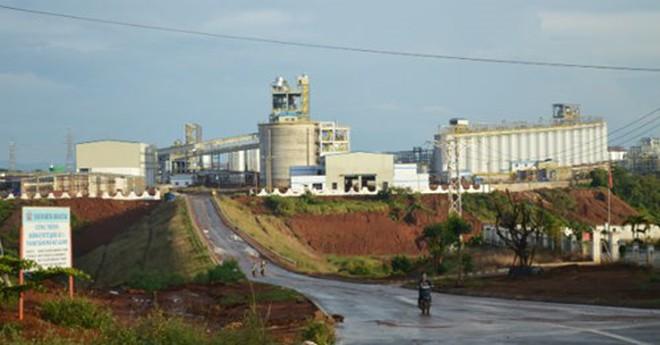 Nhà thầu Trung Quốc làm vỡ ống dẫn hoá chất Alumin Nhân Cơ