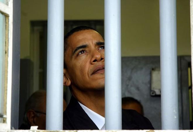 Obama phá kỷ lục ân xá tù nhân của 10 đời tổng thống tiền nhiệm - ảnh 1