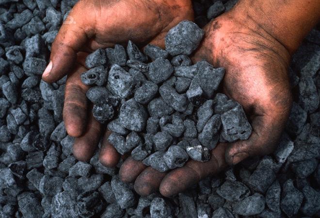 Tăng trưởng đột biến, thị trường than vẫn gây hoài nghi