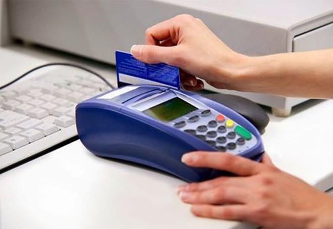 Khách Tây đề nghị khởi tố vụ quẹt thẻ mất gần 700 triệu