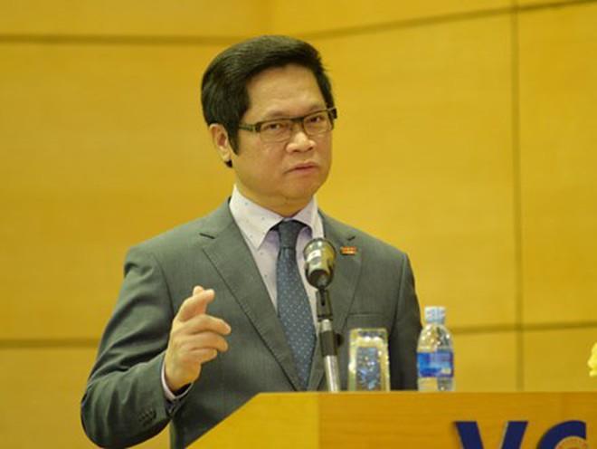 [Khởi nghiệp] Chủ tịch VCCI: Cử nhân về quê trồng rau, nuôi lợn.. là tín hiệu mừng