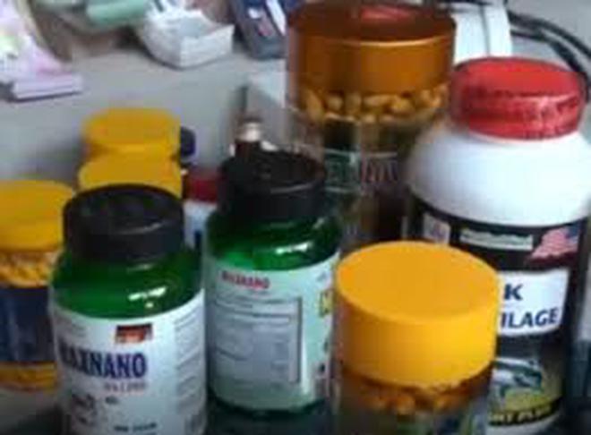 """Thực phẩm chức năng giả """"len lỏi"""" vào nhà thuốc bằng cách nào?"""