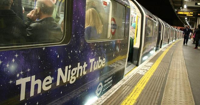 London kiếm tiền về đêm
