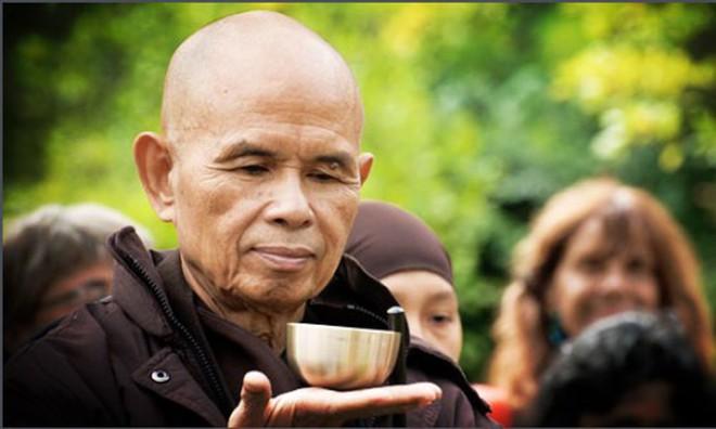 10 lời khuyên răn của thiền sư Thích Nhất Hạnh giúp bạn sống tốt và hạnh phúc hơn