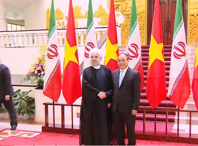 Thủ tướng mong muốn Iran tiếp tục duy trì hòa bình, ổn định trên Biển Đông