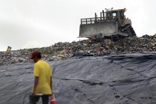 Ông David Dương 'trả lại' TP.HCM 2.000 tấn rác