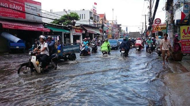 Nhìn lại trận lụt tại TP.HCM: Vì sao càng chống lại càng ngập!