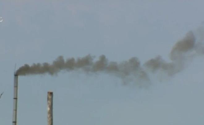 Hà Nội: Người dân kêu cứu vì doanh nghiệp xả khí độc hại