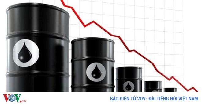 Các nước xuất khẩu dầu gia hạn cắt giảm sản lượng